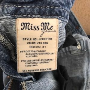 Miss me boot cut size 31 jeans